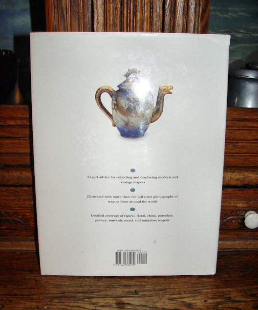 Teapots Collector's Book /                                         Guide New and Vintage Tina M.                                         Carter 1995 Illustrated