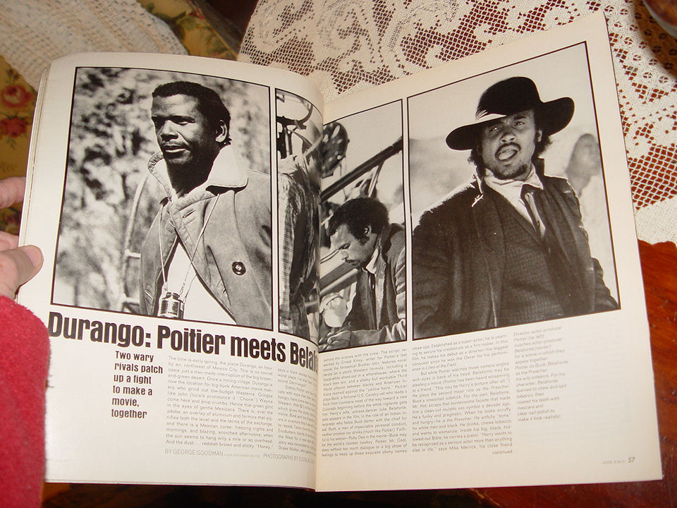 LOOK Magazine August 24                                         1971 Witchcraft is rising                                         featured story - Poitier vs                                         Belafonte