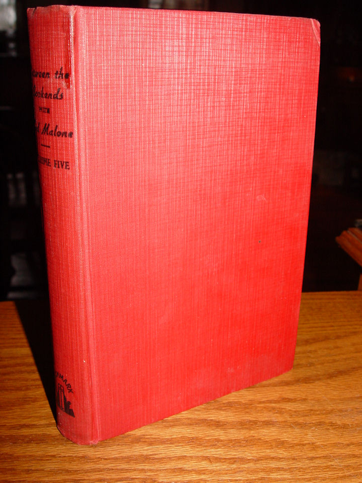 Between the Bookends with                                         Ted Malone VOLUME FIVE by                                         Malone, Ted 1943